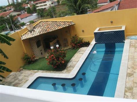 quintal piscina decorada piscina integrada a varanda em casas ou apartamento