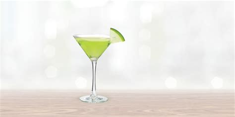 green cocktail vodka apple martini