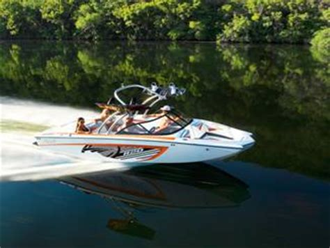 tige boats headquarters tig 233 boats donates r20 to wakeworld toys for tots auction