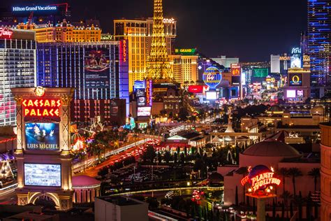 A Make Believe World Travel Blog: A Guide To Las Vegas Hotels