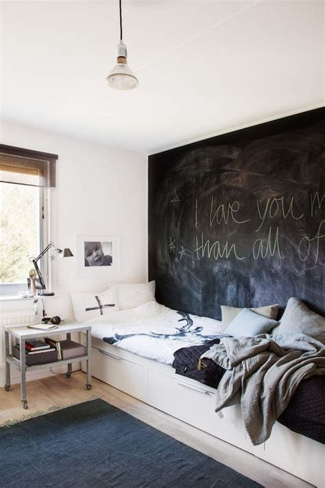 chalk wall in bedroom 17 best ideas about chalkboard wall bedroom on pinterest