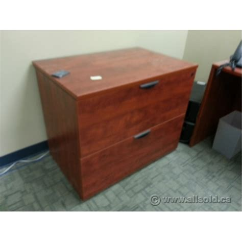 Maple Lateral File Cabinet Autumn Maple 2 Drawer Lateral File Cabinet Locking Allsold Ca Buy Sell Used Office