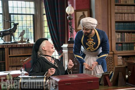 film su queen victoria judi dench discusses victoria and abdul and tattoos ew com