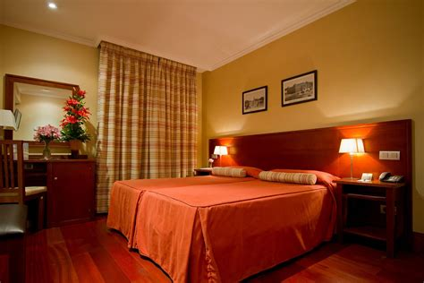 room de hotel lusso infantas standard rooms hotel at the best price in chueca madrid