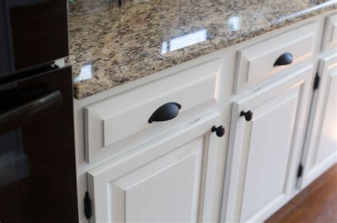 Black Pull Handles Kitchen Cabinets Black Pull Handles Kitchen Cabinets Best Kitchen Cabinets 2017