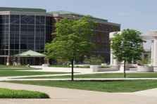 Of Illinois Springfield Mba Fees by Colleges In Illinois Affordablecollegesonline Org
