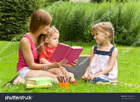 5 Interesting Reads by Reads Children Interesting Book Stock Photo
