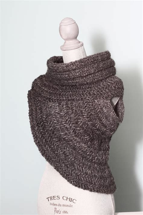 katniss knitted cowl pattern simply me katniss cowl vest