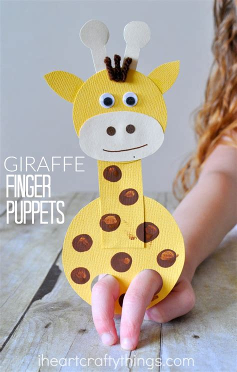 giraffe craft for adorable giraffe finger puppet craft i crafty things