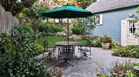 art  landscaping  small yard