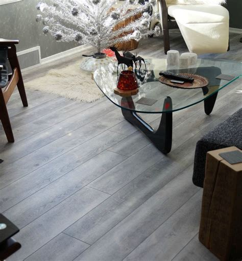 coretec hd mont blanc driftwood luxury vinyl plank  mid
