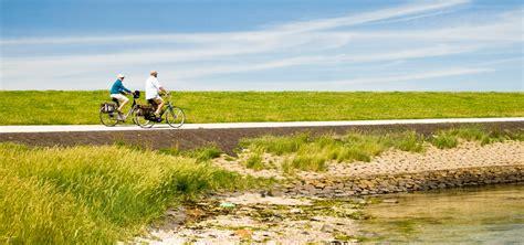 fietsen boot ameland fietsen op de waddeneilanden westcord hotels