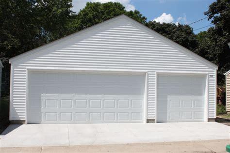 Minnesota Garage Builders by St Paul Garage Builders Three Car Garage Sizes Dimensions
