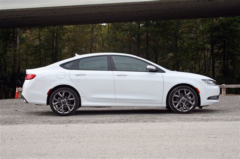 200 Chrysler 2015 Review by Chrysler 200 Review 2015 Autos Post