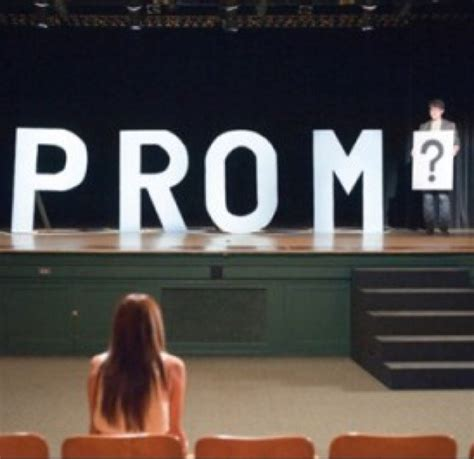 cool guy prom ideas prom proposals proposal ideas twitter