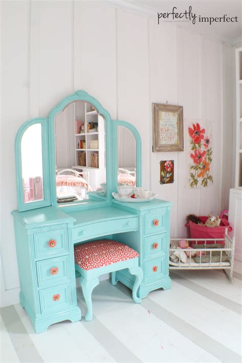 vanity set for girls bedroom girl s room decorating ideas before after perfectly