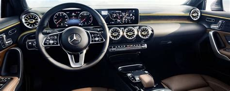 mercedes classe a interni nuova mercedes classe a 2018 interni motori e tempi di