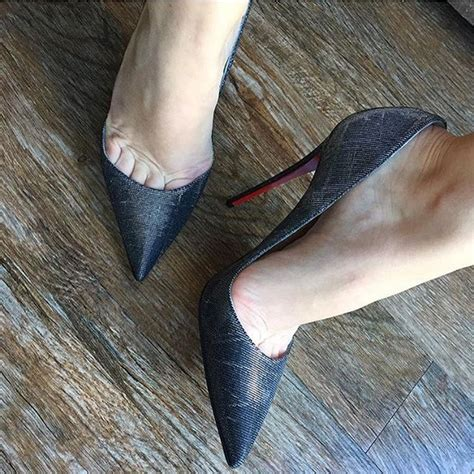 high heels toe cleavage 881 best images about toe cleavage shoes on