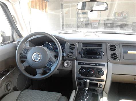 Jeep Commander Interior by 2006 Jeep Commander Interior Pictures Cargurus