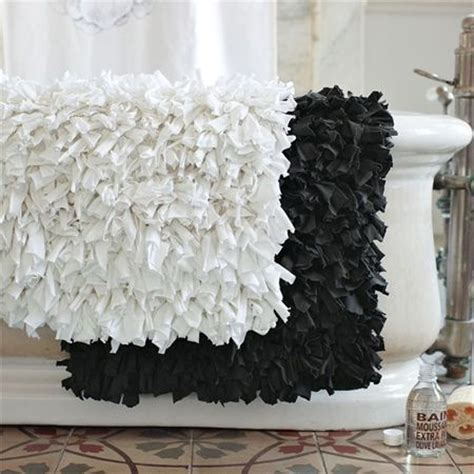 Around The Toilet Rug by Upcycle Towels Into Luxurious Rag Rugs See More On