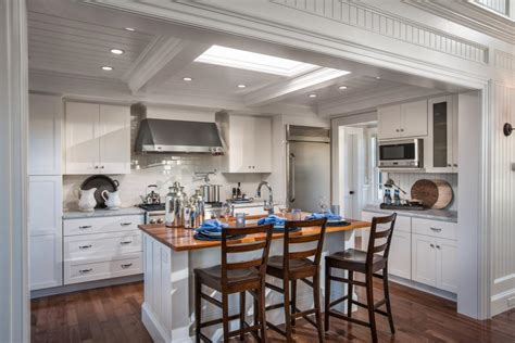 hgtv kitchen cabinets hgtv dream home 2015 kitchen pictures hgtv dream home