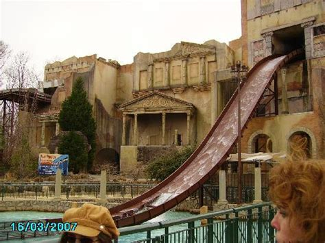 escape from pompeii one of the roller coasters i believe it is griffon picture of busch gardens williamsburg