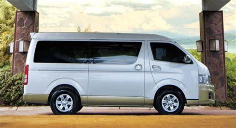 Toyota Hiace Grandia Price Toyota Hiace Gl Grandia 3 0 Mt Monotone 2018