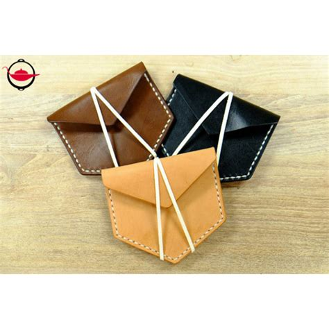 Handmade Leather Workshop - handmade leather workshop for two l spoilt experience gifts