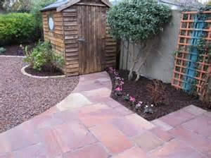 Small garden paving ideas owen chubb garden landscapers