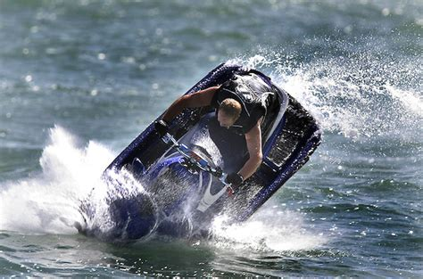 ski boat accident sharp increase in jet ski accidents during the summer
