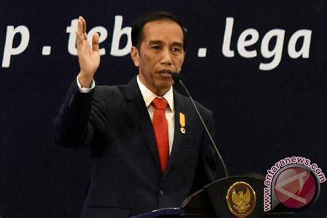 Bukiu Konstitusi Dan Konstitusionalisme Indonesia cupuma presiden buka kongres mahkamah konstitusi se asia