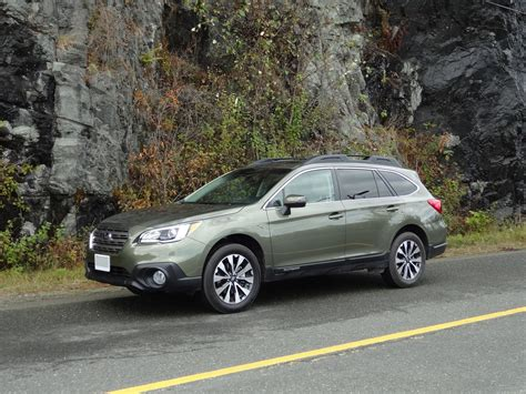 2011 subaru outback 2 5 i limited review difference from 2014 to 2015 subaru outback 2 5i limited