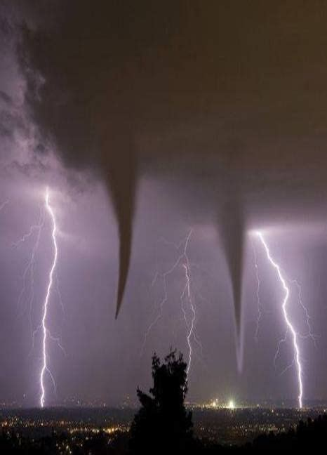 Waterspout With Lightning by 380 Best Images About Tornados And Waterspouts And