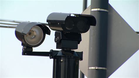 city of chicago red light camera locations garc 237 a says he ll abolish red light cameras chicago