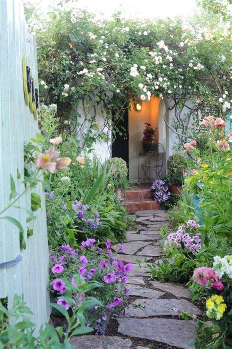 Garten Ideen Blumen Garten Gestaltung Ideen Mit Optischen Illusionen Und