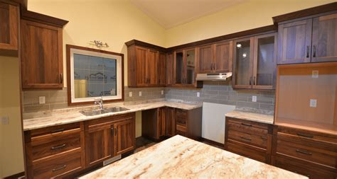 cabinet installers in winnipeg mb winnipeg manitoba kitchen cabinets manitoba winnipeg cowry kitchen
