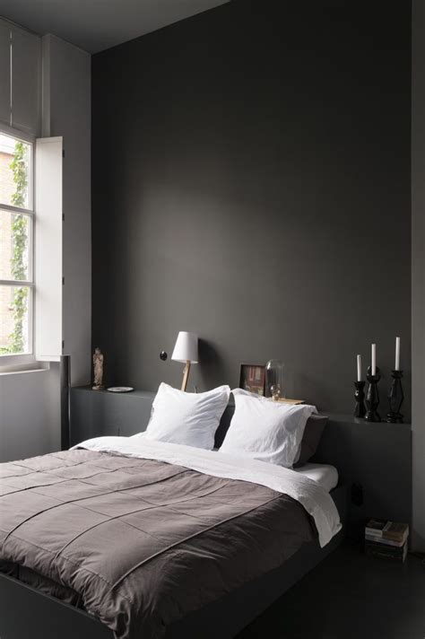 dark bedroom walls best 25 dark bedroom walls ideas on pinterest modern bedrooms modern bedroom and