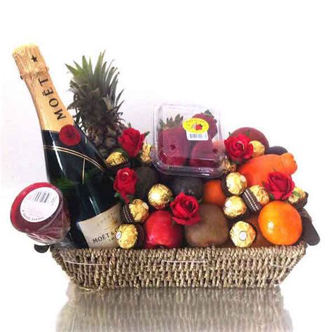 brisbane christmas hers fruit basket fruit hers