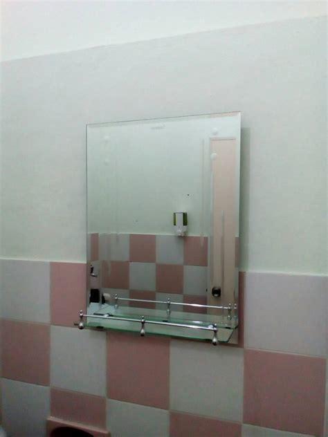 Cermin Untuk Kamar Mandi jual kaca cermin dan rak sabun kamar mandi ditas wastafel