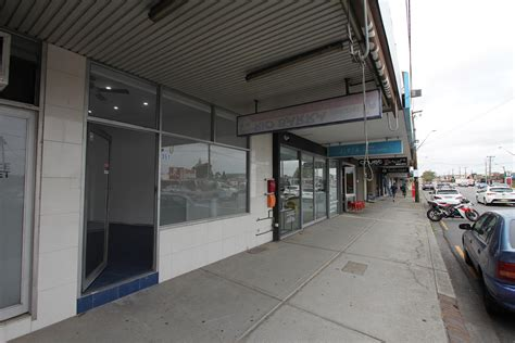 rennovated shop  rocky point road commercial property
