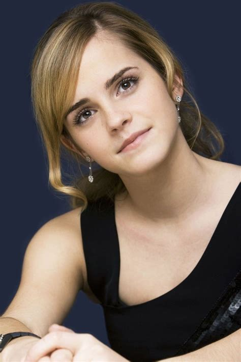emma watson full biography emma watson filmography and biography on movies film cine com
