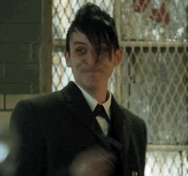 oswald cobblepot gif find & share on giphy