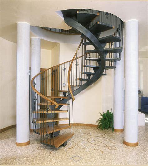 scale interne ferro e legno scale elicoidali in legno e ferro portofino lineascale