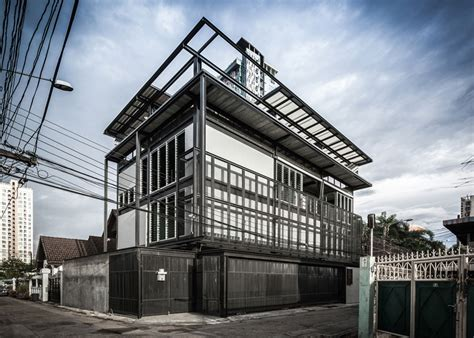 house structure design jun sekino designs tinman house around steel structure