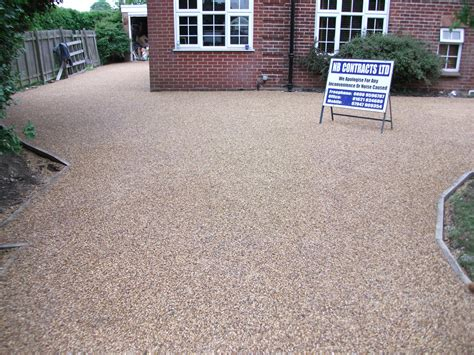 tar and chip driveways and tarmac roads essex nbcontracts