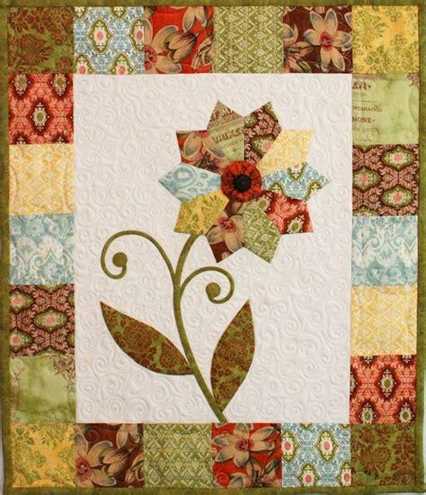 flower design quilt free pattern quot curio flower mini quilt quot from erin russek