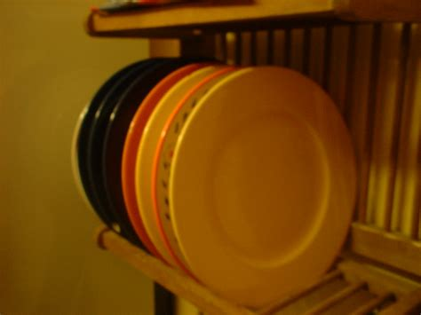 The Rack Wiki File Plates On A Plate Rack Jpg