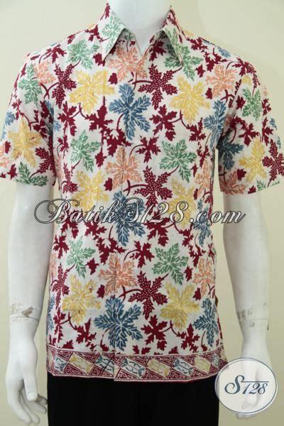Baju Buat Ke Pantai Pria baju batik warna cerah ceria untuk suasana santai di pantai model baju batik modern 2018