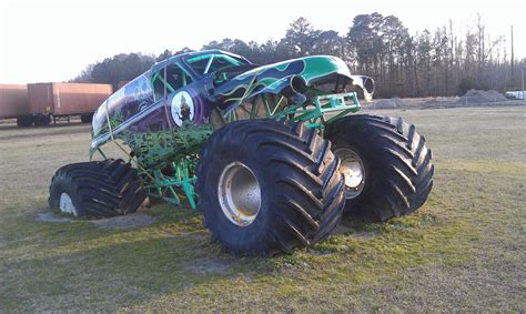 the original grave digger truck grave digger headquarters poplar branch nc 2 flickr