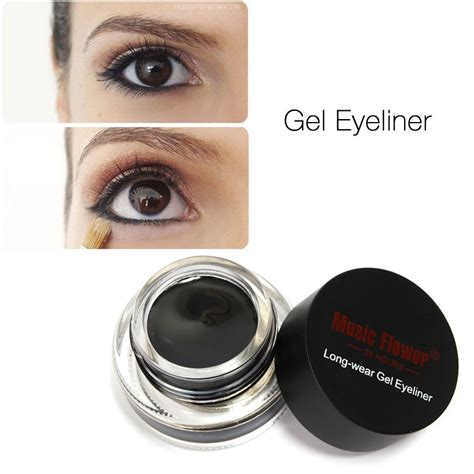 Eyeliner Gel Makeup Forever white eye liner on top of lid like a pro with the help of